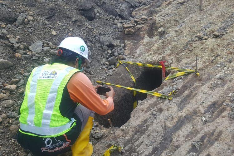 ダム建設現場で旧トンネル発見バリ王朝時代の遺跡   PAGI PAGI POST